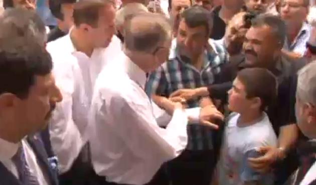 İhsanoğlu'na protesto: Darbe yapmaya mı geldiniz?