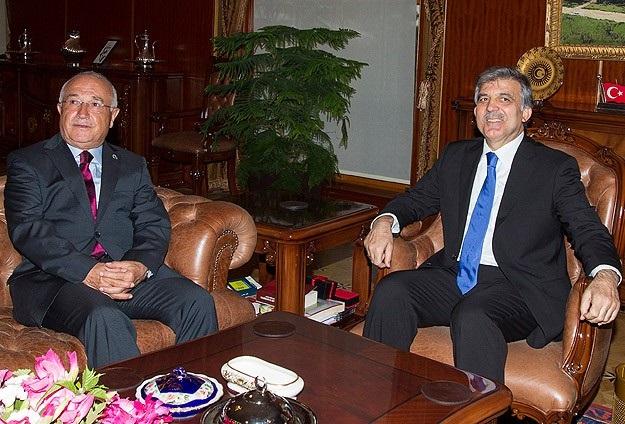 Cumhurbaşkanı Gül'den Çiçek'e veda ziyareti