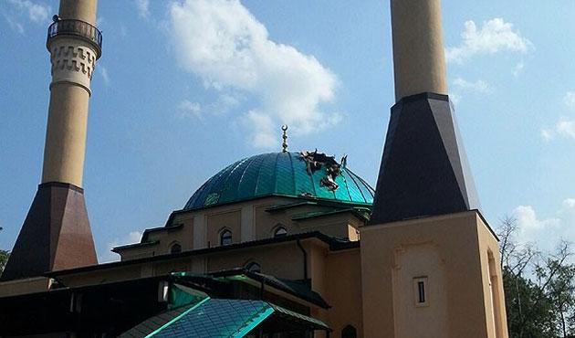 Donetsk'te camiye havan mermisi isabet etti
