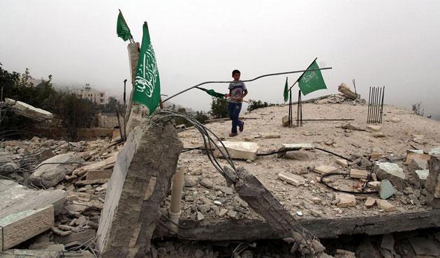 İsrail, El Halil'de Filistinlilerin evlerini yıktı