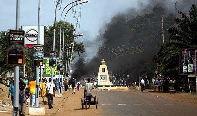 O. Afrika'da bir kasabada 500 Müslüman mahsur