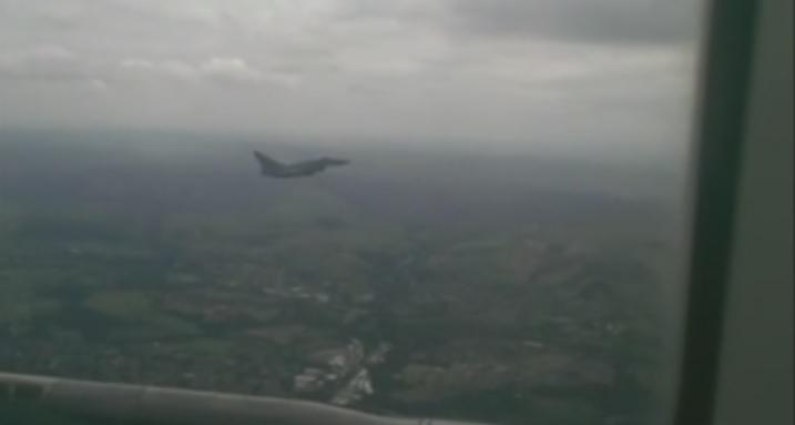 Çin uçakları, ABD uçaklarına engelleme yaptı