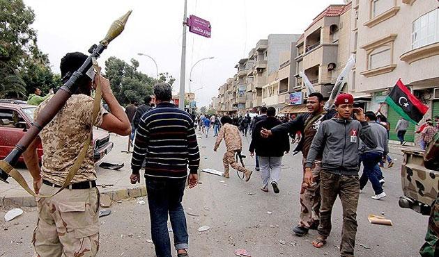 Libya'da iç savaşın ayak sesleri