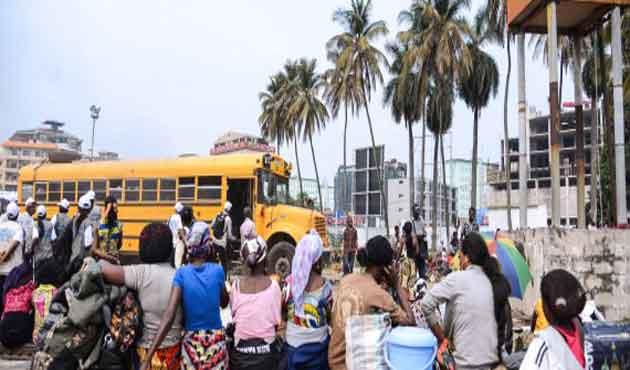Kongo'da el sıkışmak, artık yasak!