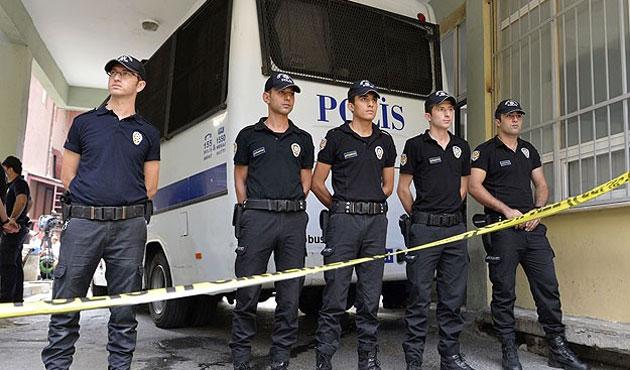 Polisin yurtdışı görev süresi indirildi