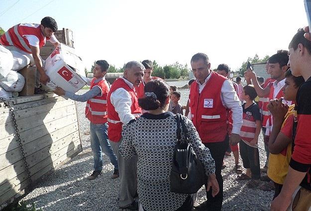 Kızılay'dan Yezidi ailelere yardım