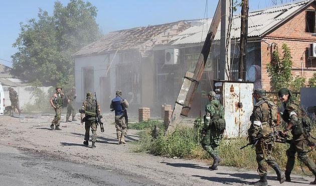 Donetsk ve Lugansk'ta hayat normale dönüyor
