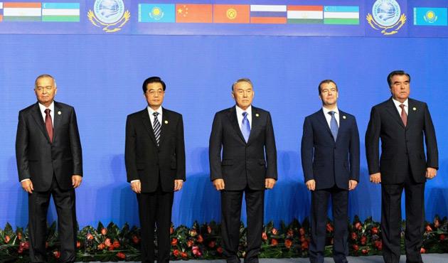 ŞİÖ Başkanlar Zirvesi başladı