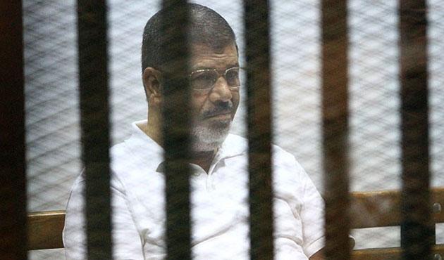 Mursi: Hakkımdaki iddialar birer saçmalık