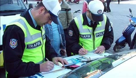 Bir haftada 42 bin 522 sürücüye ceza yazıldı