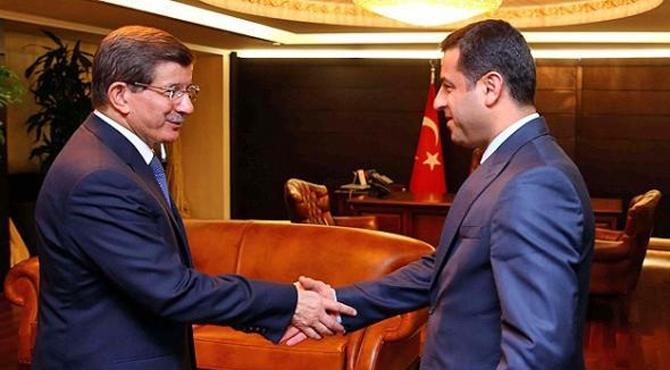 Davutoğlu ve Demirtaş, süreci ve IŞİD'i görüştü