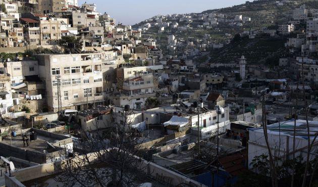 Yerleşimler Filistin köylerini cezaevine çeviriyor