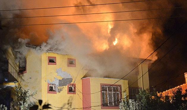 Karaman'daki yangında anne ve çocukları öldü