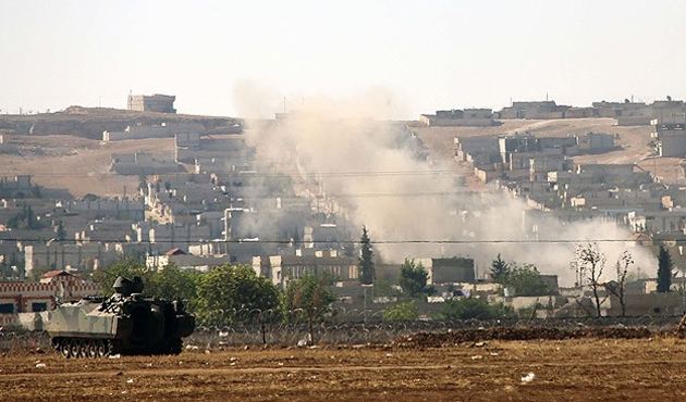 Koalisyon güçleri IŞİD'i Kobani'de vurdu