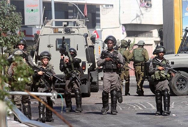 Batı Şeria'da 11 Filistinli gözaltında