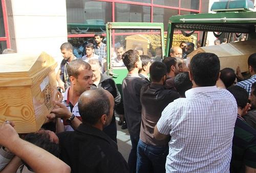 Diyarbakır'daki olaylarda ölenler defnedildi
