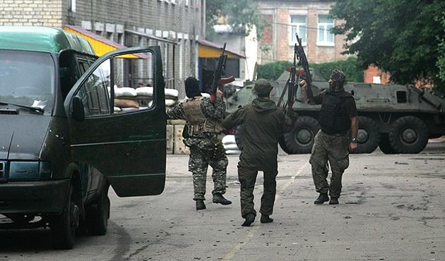 Donetsk'deki çatışmalarda dört öldü