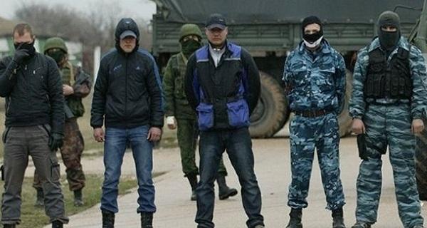 Rus pasaportu alan Kırımlılar Ukrayna'ya giremeyecek