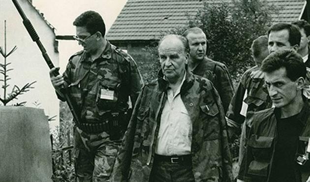 Aliya, Bosna ordusunu selamlıyor | VİDEO