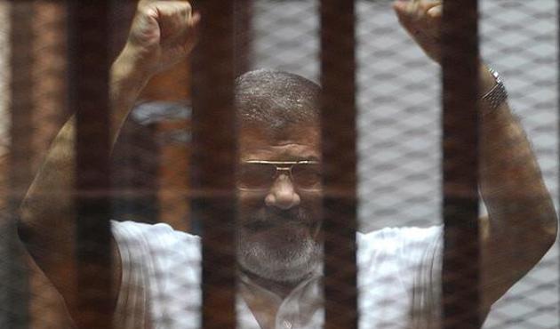 Mısır'da darbe karşıtı hakimler emekliye sevk edildi