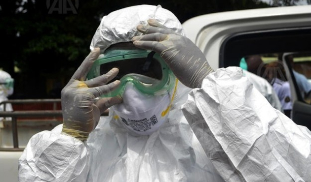 Ebola'dan ölenlerin sayısı 5 bine yaklaştı