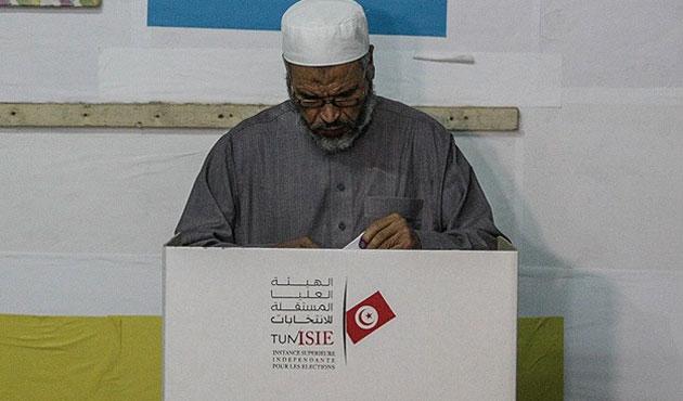 Tunus sandık başında