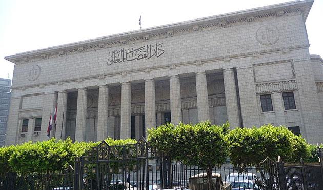 Mısır'da darbe karşıtı sivillere askeri mahkeme yolu
