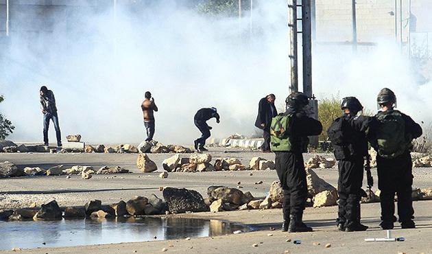 İsrail polisinin sert müdahalesi sürüyor