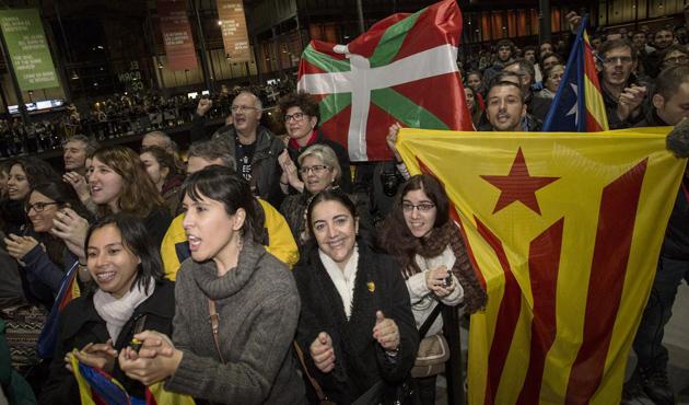 Katalanlar kaybettikleri savaşı kutluyor