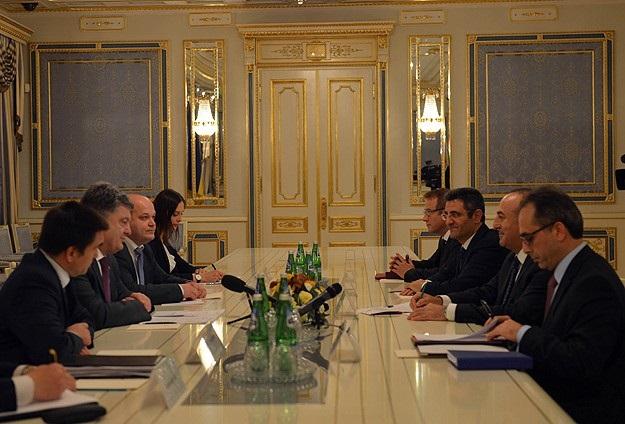 Ukrayna kabinesine üç 'ithal bakan'