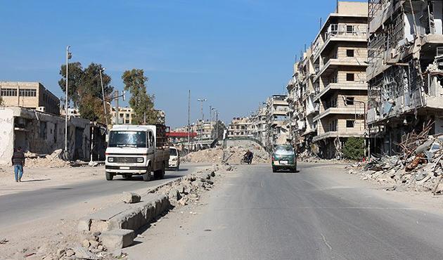 Hama'da varil bombaları çocukları hedef aldı