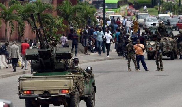 Fildişi Sahili'nde askerler sokağa döküldü