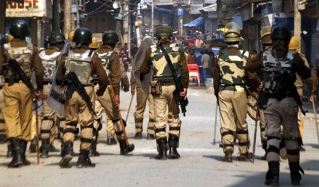 Keşmir'de seçimler protesto edildi