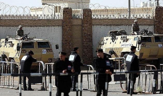 Mısır'da dört İhvan üyesinin idam dosyası müftüye gönderildi