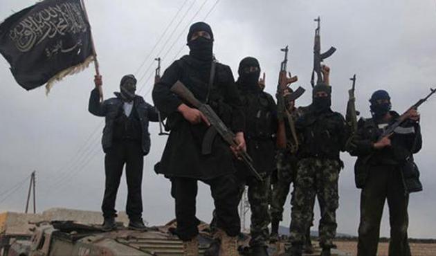 Suriye'de muhalifler askeri kargo uçağı düşürdü