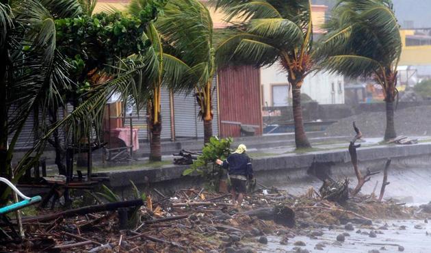 Çin Megi tayfununun etkisi altında
