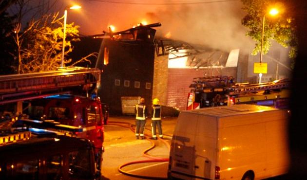 İsviçre'de İslam Merkezi'ne molotoflu saldırı