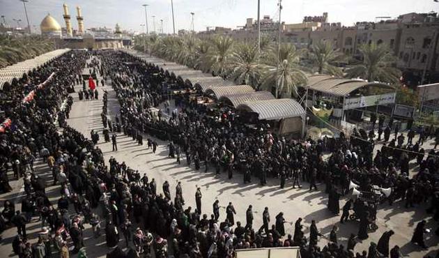 800 bin İranlı Kerbela anmaları için Irak'ta