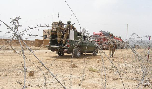 Pakistan'da Taliban'a operasyon: 32 ölü