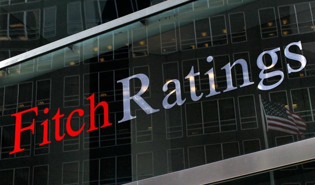 Fitch Türkiye'nin kredi notunu düşürdü