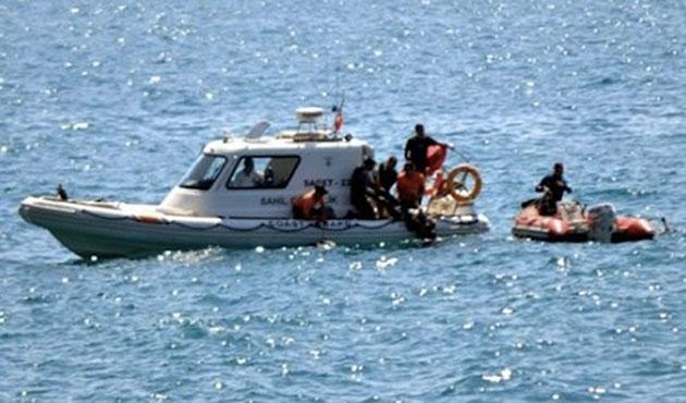 Yunanistan'da yardım isteyen göçmenler kurtarıldı