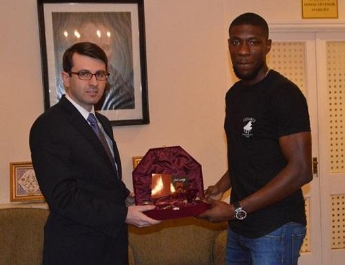 Fransız futbolcu, Soma faciasını unutmadı