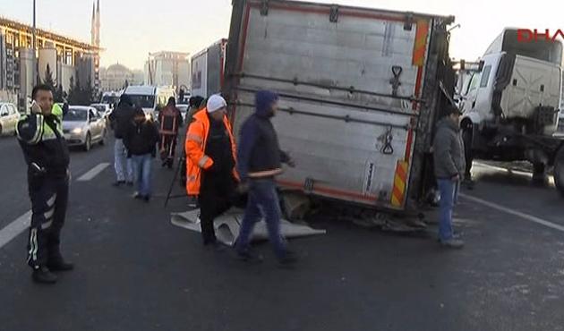TEM'deki kaza trafik yoğunluğunu arttırdı