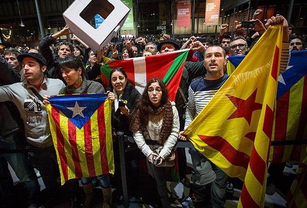 Bağımızlık isteyen Katalan lider yargılanıyor