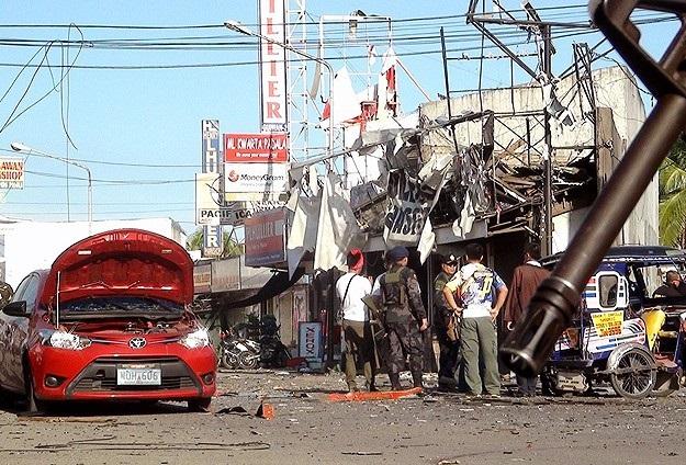 Filipinler'de patlama: 2 ölü, 31 yaralı