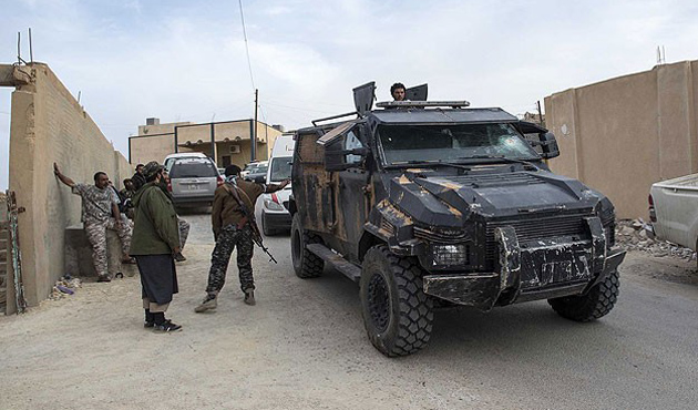Libya'da petrol kuyusu için çatışma: 10 ölü