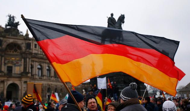 Kırım ilhakı Rusya'ya D. Almanya'yı hatırlattı