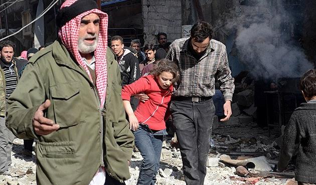 Suriye ordusu yine varil bombalarıyla vurdu