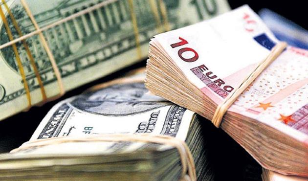 'Hayır' euro ve petrol fiyatını düşürdü
