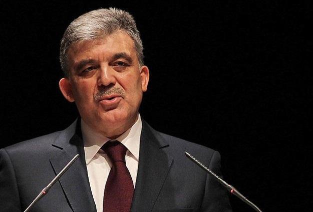 Abdullah Gül'den hükümete Şah Fırat desteği